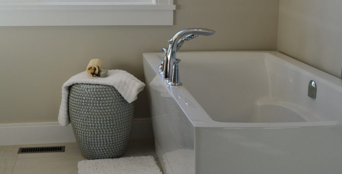 Cadă de baie