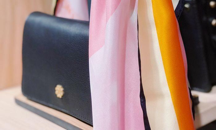 accesorii geanta si esarfa